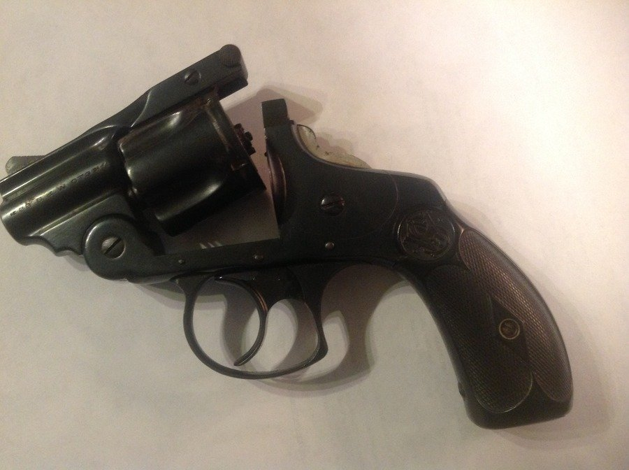 smith and wesson 38 ctg serial number