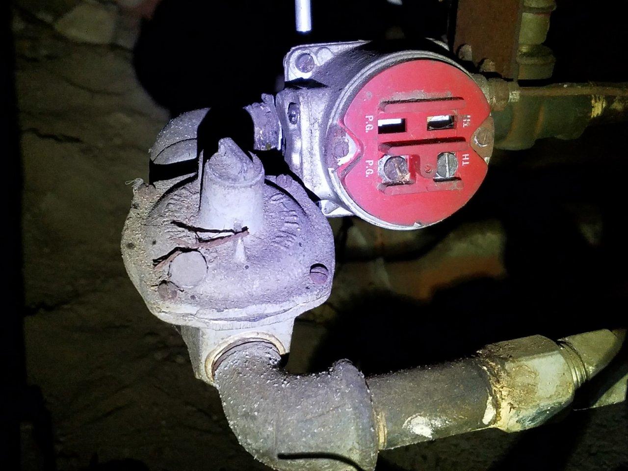 I U0026 39 Ve Got A An Old Floor Furnace With A B60y84h Gas Valve  General Controls
