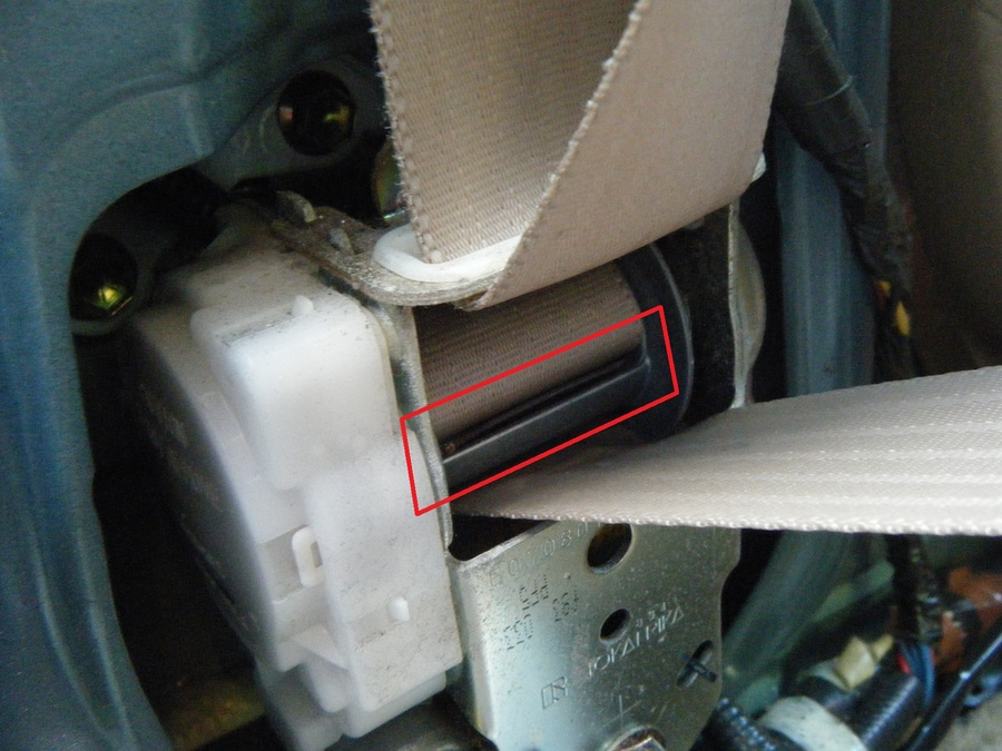 Slow Lazy Seat Belt Retractor Fix Solution | DIY Forums