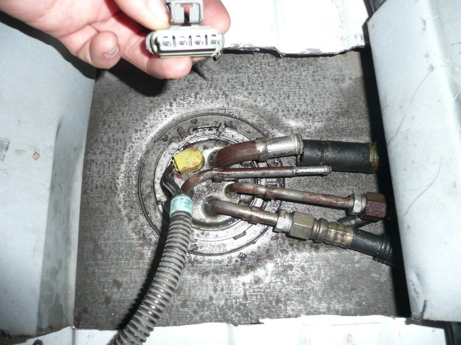fuel pump replacement in chevy astro