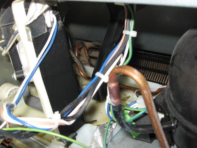 My amana bottom freezer fridge is leaking water onto the flo becky swarovskicordoba Choice Image