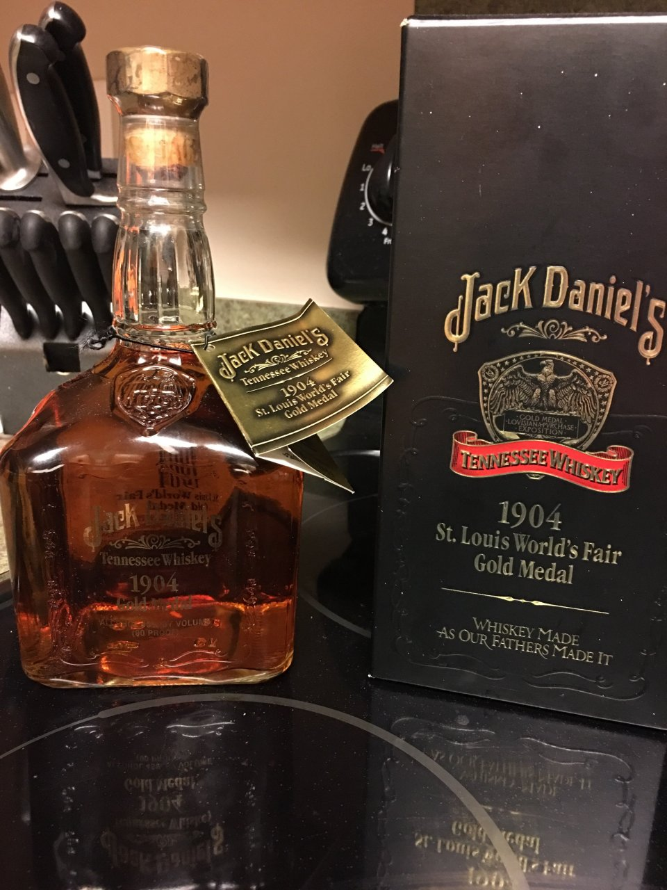 jack daniels 1904 gold medal tennessee whiskey