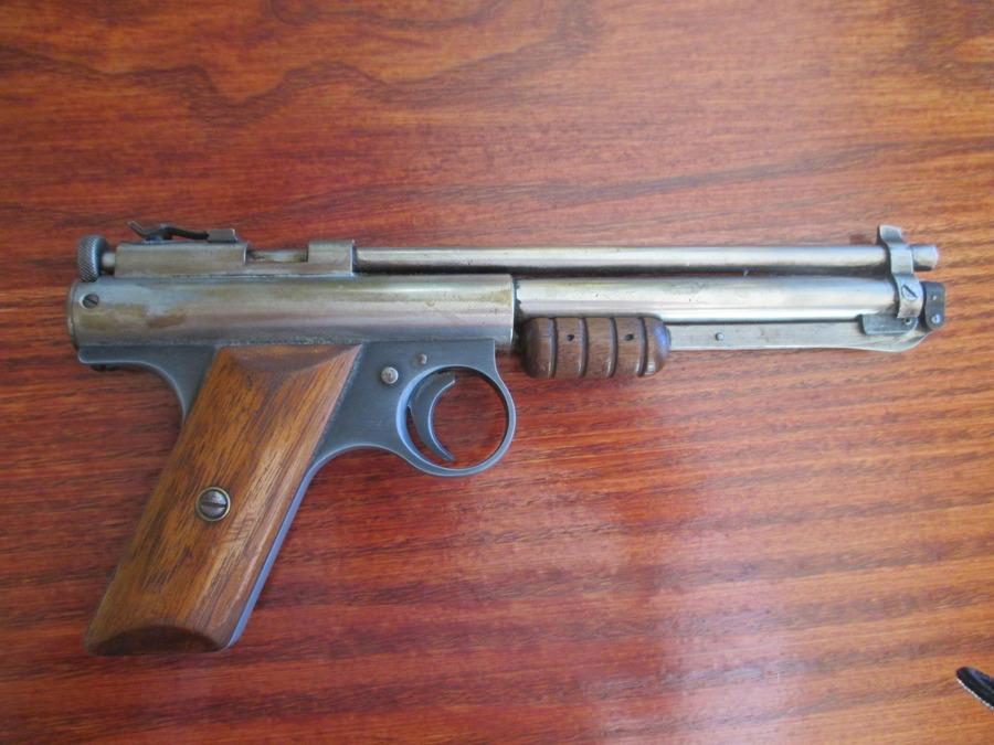 Hello Have A Benjamin Franklin 177 Air Pistol In Decent
