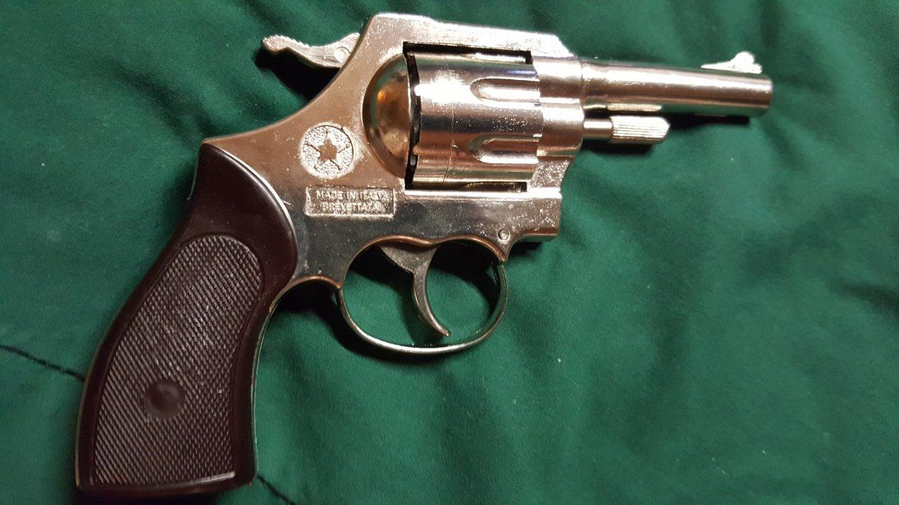 2 Mondial Revolver In Pristine Condition With Original All