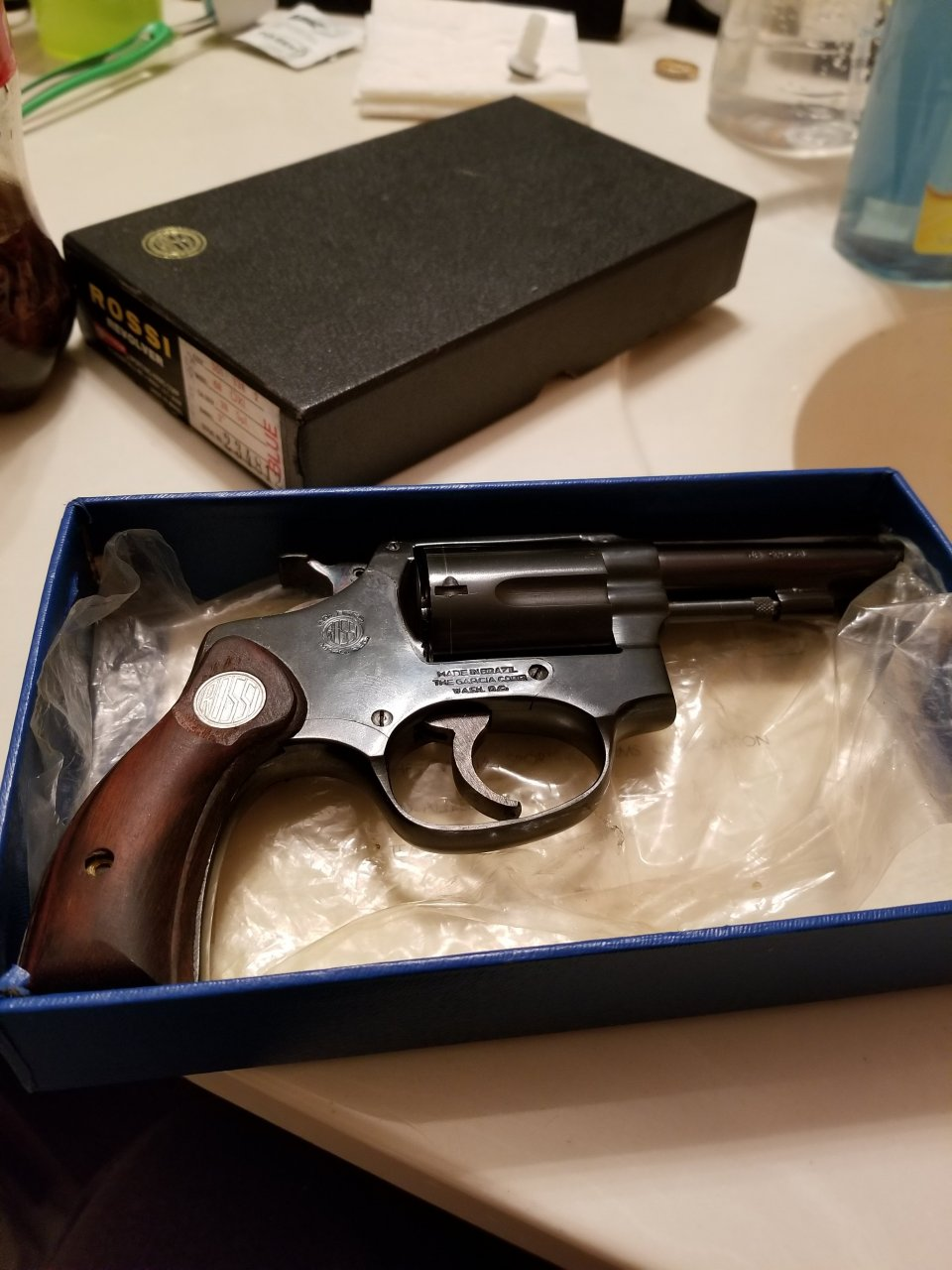 Rossi Revolver, Model 68 OXI  38 Special, 3inch Bbl, Wood