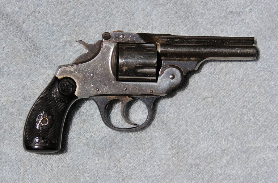 Values revolvers gun iver johnson Iver Johnson