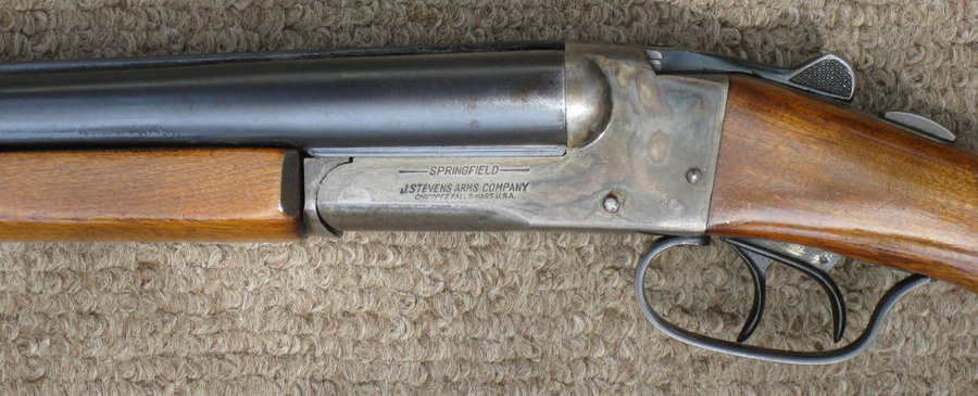 SPRINGFIELD, J  STEVENS ARMS DOUBLE BARREL SHOTGUN - Can Som