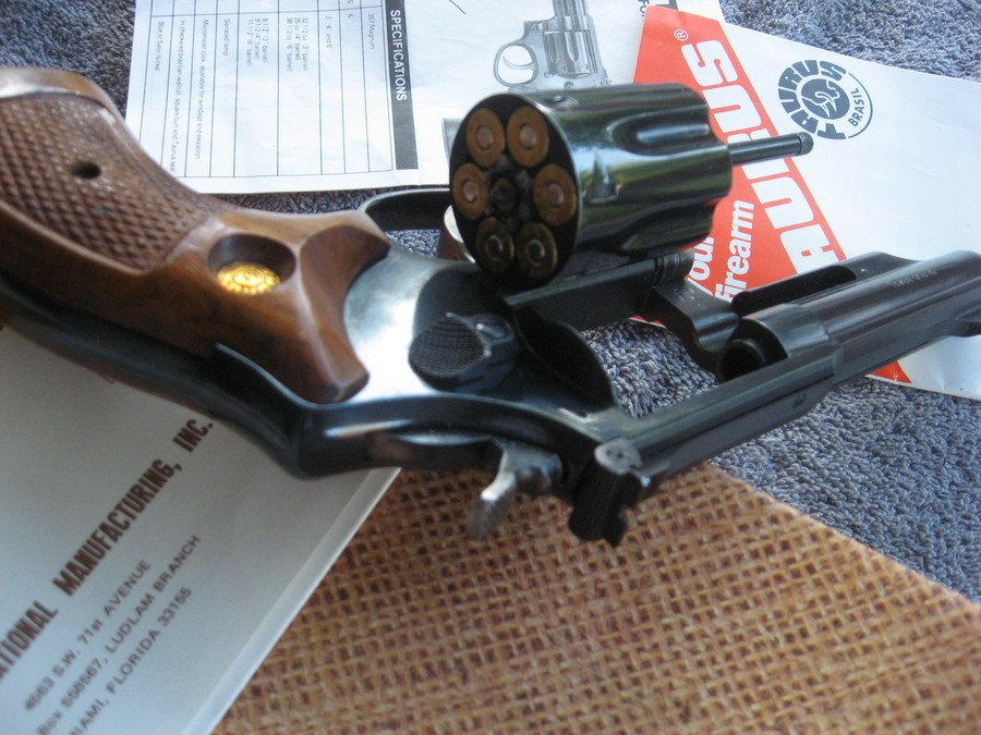Taurus Model 66  357 Magnum, Blued With 4